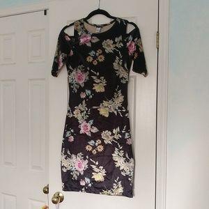 2/$20 Suzy Shier Cold Shoulder Velvet Floral Dress